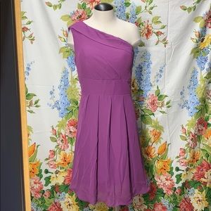 Dresses & Skirts - Lavender One Shoulder Strap Formal dress